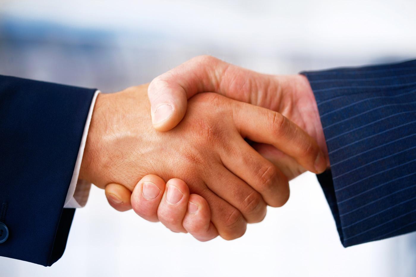 dohoda, zmluva, znalec, klient