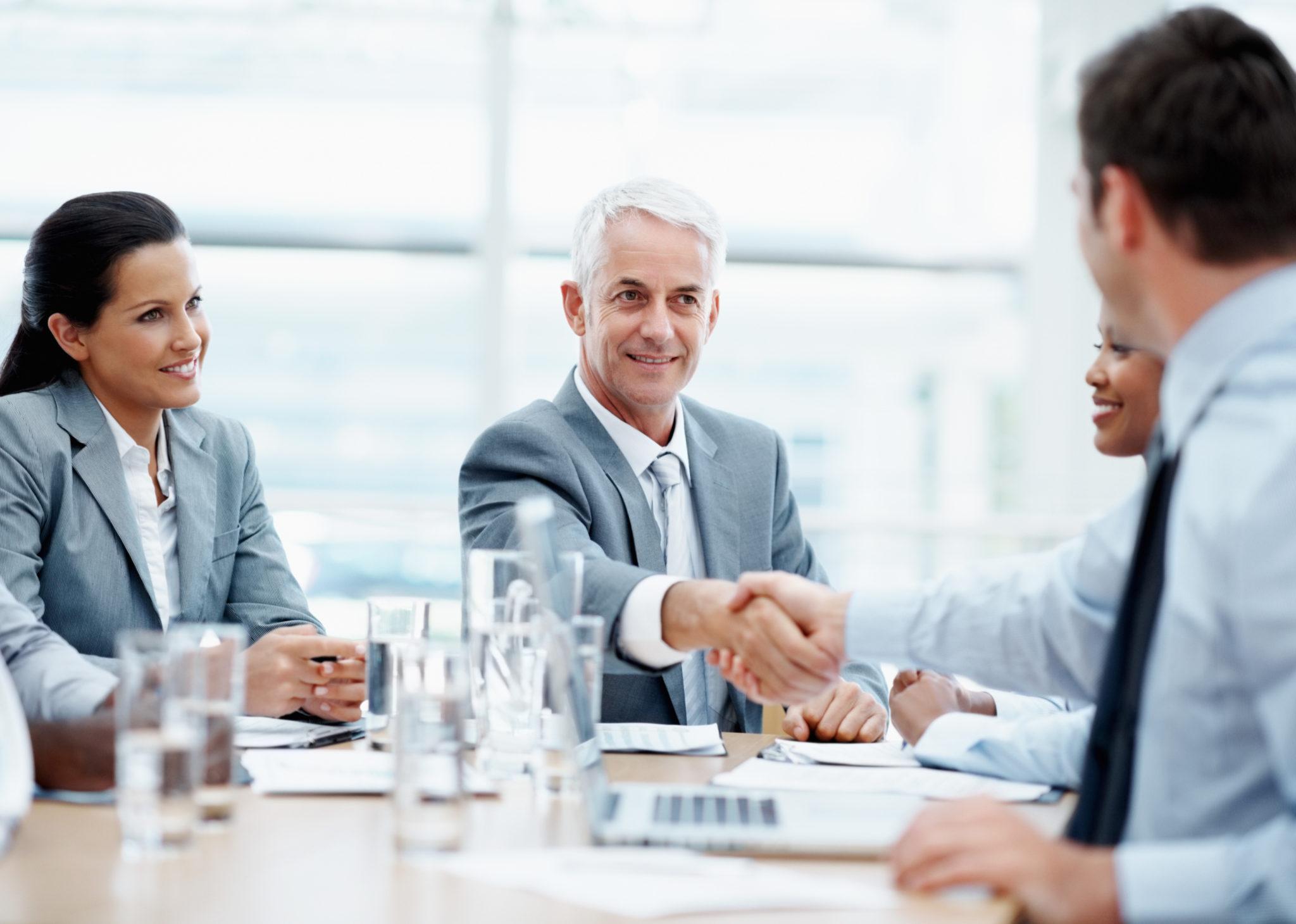 znalec, klienti, konzultácia s klientom